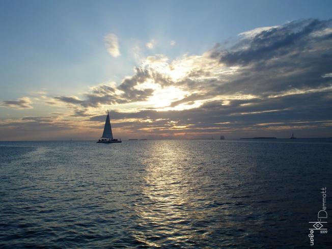 Blue sunset sailboat mcm